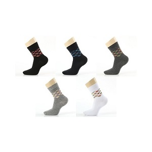 picture of 5 pairs of mid-calf crew socks