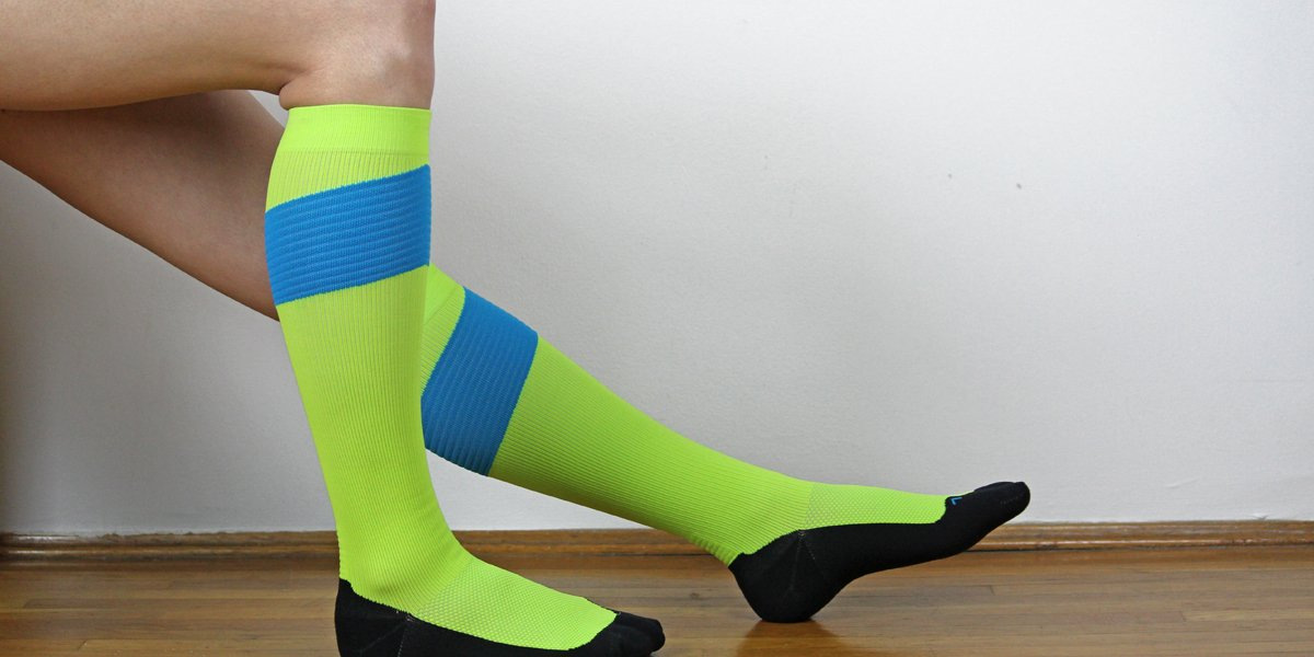 Best Ways to Wear Leg Stocking image