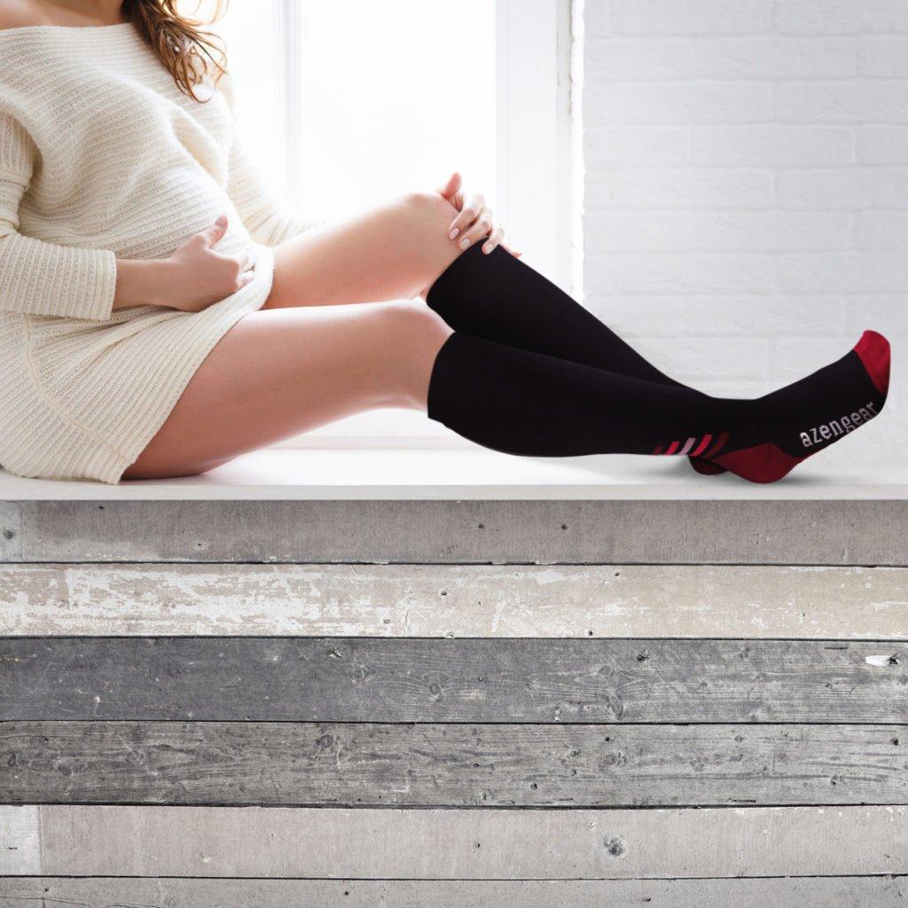 pregnant women wearing compression socks