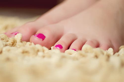 Taking Care of Your Feet and Legs from Your Swollen Toes to Heel Pain, Ankle Swelling to Leg Swelling, is Important