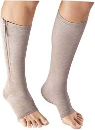 Zerame 15-20 mmHg knee high zippered compression socks