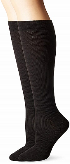 Dr. Scholl's travel mild compression socks