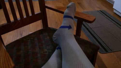 Compression socks can actually help in case of swollen ankles.