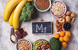 picture-of-food-items-with-hight-amount-of-magnesium-chocolate-banana-brocolli