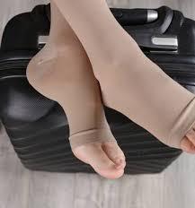 woman wearing open toe