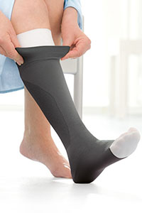 therapeutic-knee-high-flexible-hoses